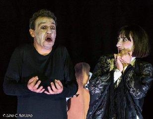 https://www.ragusanews.com//immagini_articoli/25-02-2020/l-enrico-v-di-shakespeare-a-comiso-240.jpg