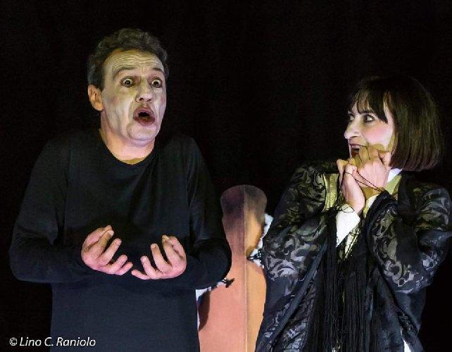 https://www.ragusanews.com//immagini_articoli/25-02-2020/l-enrico-v-di-shakespeare-a-comiso-500.jpg
