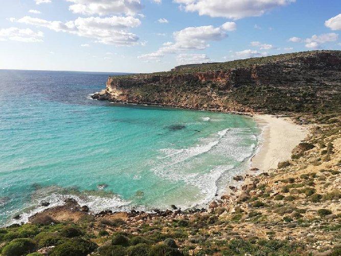 https://www.ragusanews.com//immagini_articoli/25-02-2021/1614245902-top10-mondiale-delle-spiagge-una-e-siciliana-le-classifiche-foto-video-5-500.jpg