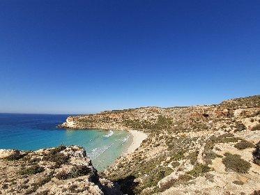 https://www.ragusanews.com//immagini_articoli/25-02-2021/1614245903-top10-mondiale-delle-spiagge-una-e-siciliana-le-classifiche-foto-video-6-280.jpg