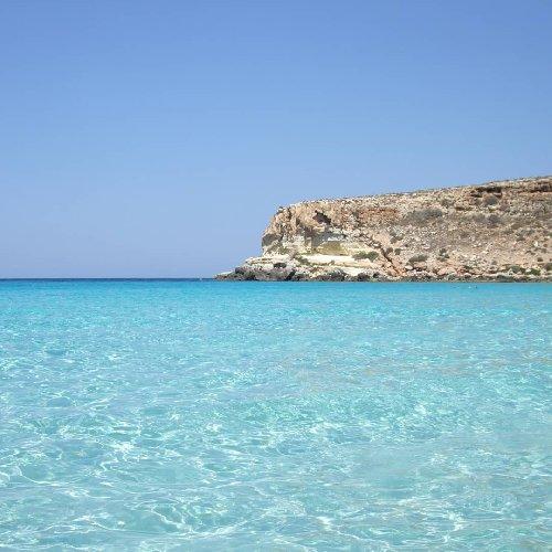 https://www.ragusanews.com//immagini_articoli/25-02-2021/1614245903-top10-mondiale-delle-spiagge-una-e-siciliana-le-classifiche-foto-video-7-500.jpg