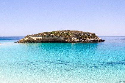https://www.ragusanews.com//immagini_articoli/25-02-2021/1614245904-top10-mondiale-delle-spiagge-una-e-siciliana-le-classifiche-foto-video-9-280.jpg