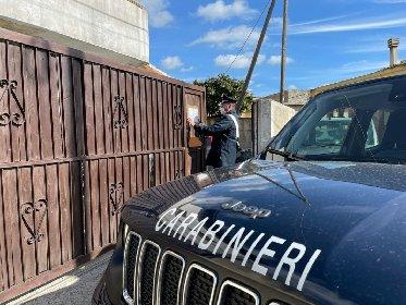 https://www.ragusanews.com//immagini_articoli/25-02-2021/chiusa-una-carrozzeria-abusiva-a-san-giacomo-280.jpg
