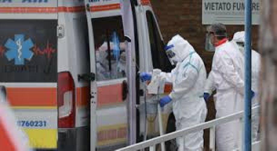 https://www.ragusanews.com//immagini_articoli/25-02-2021/covid-25-febbraio-in-sicilia-613-nuovi-casi-e-15-morti-500.jpg