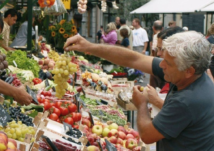 https://www.ragusanews.com//immagini_articoli/25-03-2014/mercati-contadini-i-grillini-persi-i-finanziamenti-500.jpg