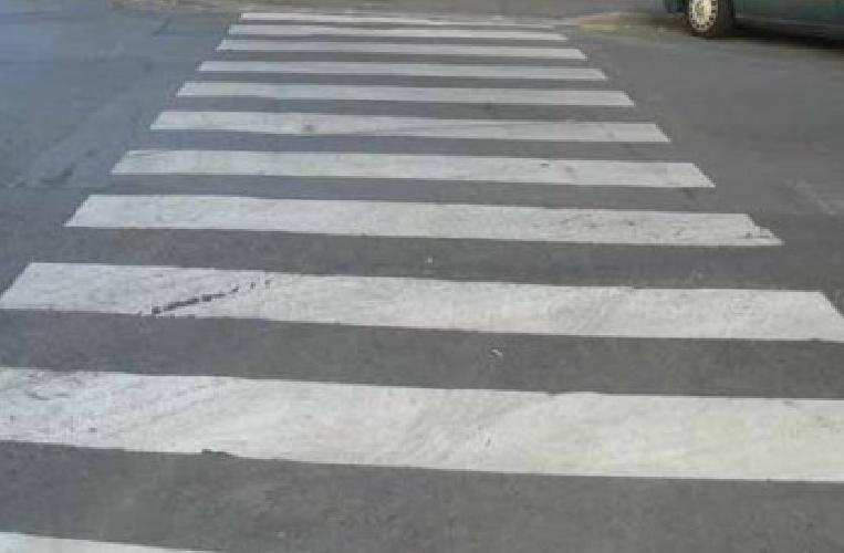 http://www.ragusanews.com//immagini_articoli/25-03-2015/ragusa-investito-da-scooter-muore-pedone-500.png