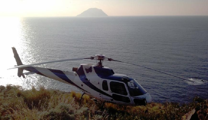 http://www.ragusanews.com//immagini_articoli/25-03-2016/vuoi-visitare-la-sicilia-in-elicottero-non-c-e-problema-500.jpg