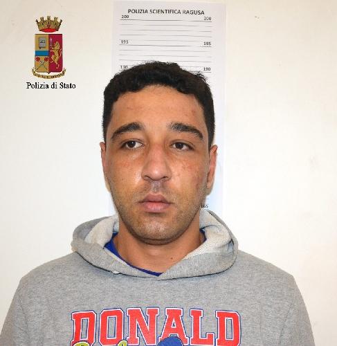 http://www.ragusanews.com//immagini_articoli/25-03-2017/droga-arrestato-aziz-hacham-500.jpg