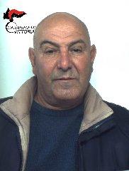 https://www.ragusanews.com//immagini_articoli/25-03-2019/cede-una-dose-hashish-piazza-manin-arrestato-240.jpg