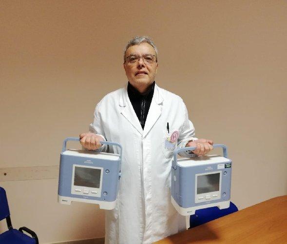 https://www.ragusanews.com//immagini_articoli/25-03-2020/giovanni-boroli-e-la-moglie-donano-due-ventilatori-polmonari-500.jpg