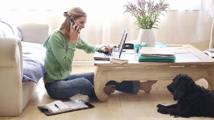 https://www.ragusanews.com//immagini_articoli/25-03-2020/lo-smart-working-ipro-e-i-lavoro-da-casa-240.jpg
