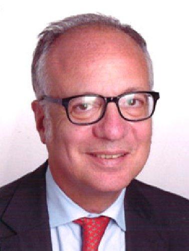 https://www.ragusanews.com//immagini_articoli/25-03-2021/banche-abi-sicilia-saverio-continella-vice-presidente-500.jpg