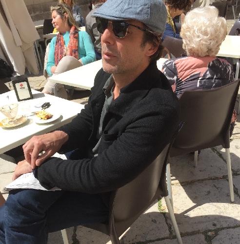 http://www.ragusanews.com//immagini_articoli/25-04-2016/alessandro-preziosi-in-vacanza-a-scicli-500.jpg