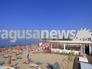 http://www.ragusanews.com//immagini_articoli/25-04-2017/venduto-chalet-corallo-finisce-epoca-240.jpg