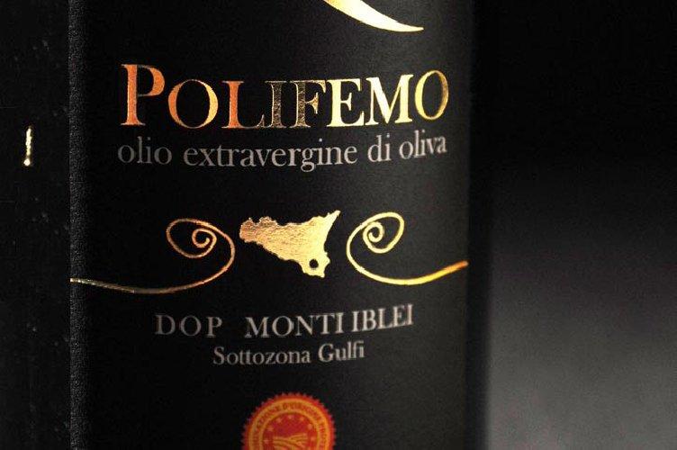https://www.ragusanews.com//immagini_articoli/25-04-2018/olio-polifemo-viragi-miglior-mocultivar-gambero-rosso-500.jpg