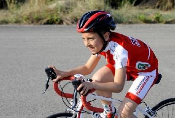 http://www.ragusanews.com//immagini_articoli/25-05-2017/note-ciclismo-scicli-matteo-verdirame-240.jpg