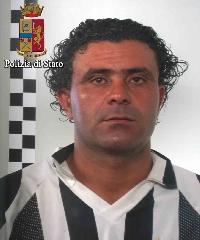 http://www.ragusanews.com//immagini_articoli/25-05-2017/vittoria-arrestato-tunisino-soprannominato-maradona-240.jpg