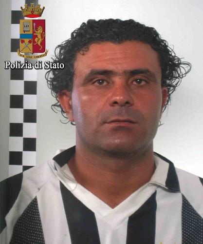 http://www.ragusanews.com//immagini_articoli/25-05-2017/vittoria-arrestato-tunisino-soprannominato-maradona-500.jpg