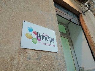 https://www.ragusanews.com//immagini_articoli/25-05-2018/piccolo-principe-consegnate-firme-prefetto-240.jpg