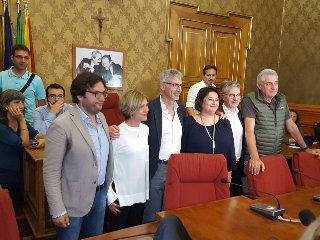 https://www.ragusanews.com//immagini_articoli/25-06-2018/peppe-cassi-sindaco-ragusa-traguardo-vita-240.jpg