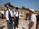 https://www.ragusanews.com//immagini_articoli/25-07-2014/le-neviere-degli-iblei-in-un-film-100.jpg
