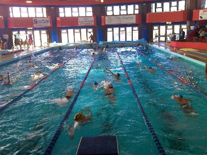 https://www.ragusanews.com//immagini_articoli/25-07-2016/modica-furto-in-piscina-comunale-presi-i-responsabili-500.jpg