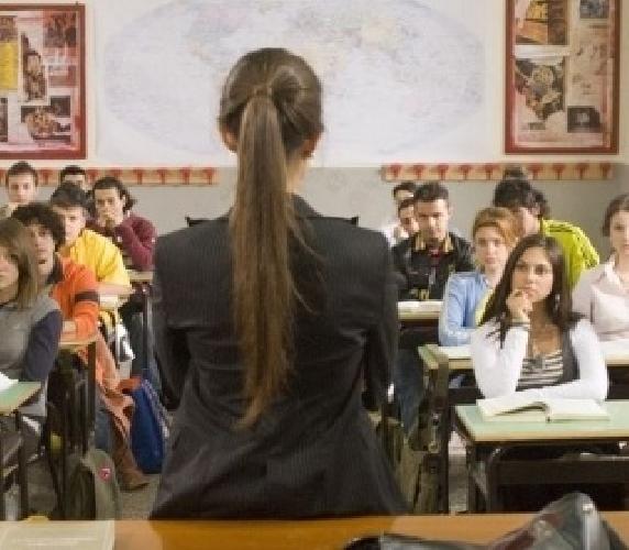 https://www.ragusanews.com//immagini_articoli/25-08-2010/l-on-ragusa-non-piu-di-25-alunni-a-classe-500.jpg