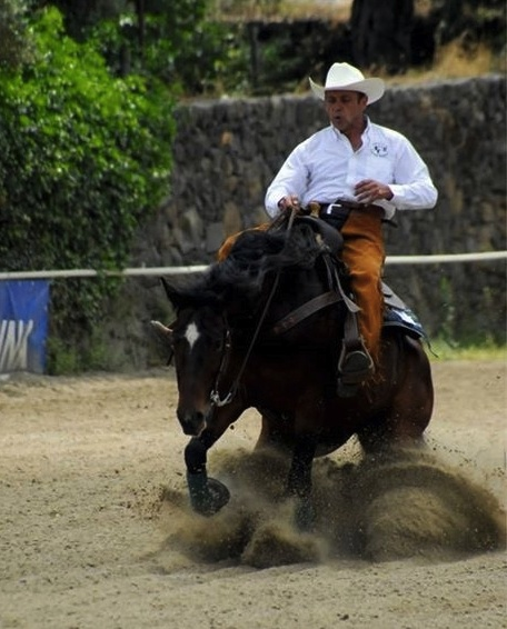 https://www.ragusanews.com//immagini_articoli/25-08-2015/1440493520-1-san-giovanni-a-cavallo.jpg