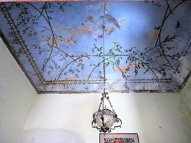 https://www.ragusanews.com//immagini_articoli/25-08-2021/1629884004-ispica-pezzi-di-storia-in-vendita-anche-un-set-di-montalbano-foto-4-280.jpg