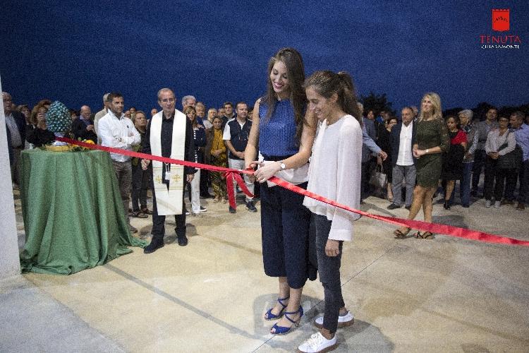 http://www.ragusanews.com//immagini_articoli/25-09-2017/ragusa-apre-tenuta-chiaramonte-frantoio-500.jpg