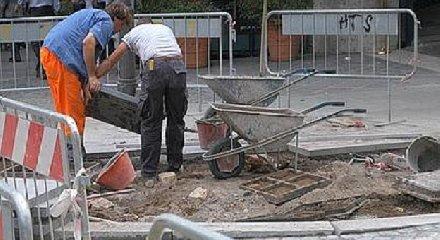 https://www.ragusanews.com//immagini_articoli/25-09-2018/otto-cantieri-lavoro-finanziati-modica-240.jpg