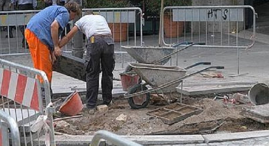 https://www.ragusanews.com//immagini_articoli/25-09-2018/otto-cantieri-lavoro-finanziati-modica-500.jpg