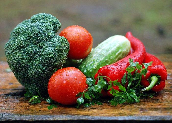 https://www.ragusanews.com//immagini_articoli/25-09-2019/dieta-eat-clean-mangiare-pulito-la-dieta-seguita-dalle-star-di-hollywood-500.jpg