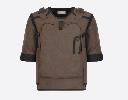 https://www.ragusanews.com//immagini_articoli/25-09-2019/dior-la-giacca-doppiopetto-ha-lo-zaino-100.png
