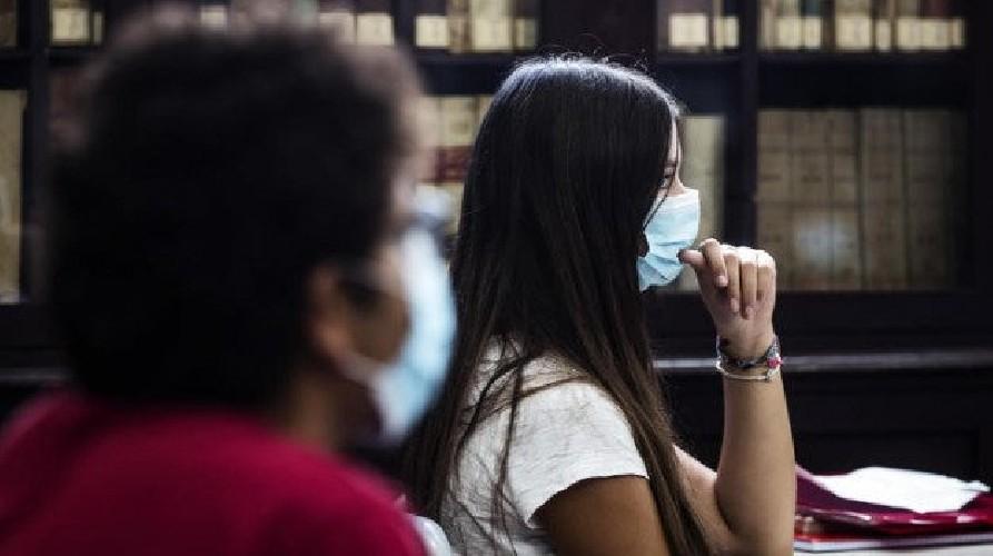 https://www.ragusanews.com//immagini_articoli/25-09-2020/107-nuovi-contagi-in-sicilia-500.jpg