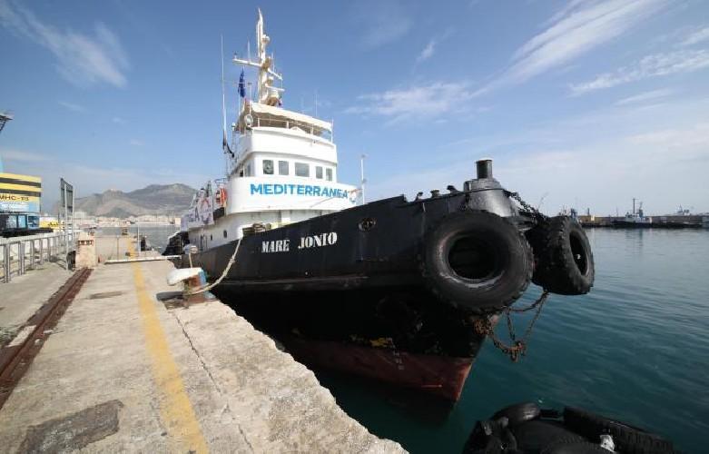 https://www.ragusanews.com//immagini_articoli/25-09-2020/mediterranea-bloccata-a-pozzallo-ci-impediscono-di-ripartire-500.jpg