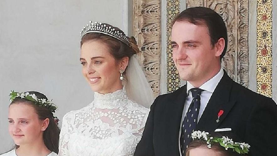 https://www.ragusanews.com//immagini_articoli/25-09-2021/1632574290-le-nozze-reali-a-monreale-fra-il-principe-di-borbone-e-lady-charlotte-1-500.jpg