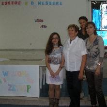 http://www.ragusanews.com//immagini_articoli/25-10-2013/una-prof-turca-a-scuola-220.jpg