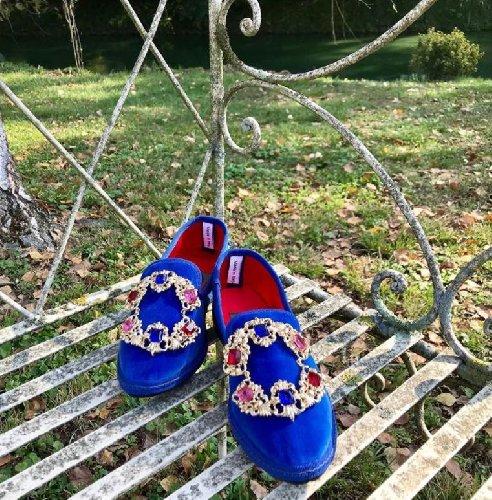 https://www.ragusanews.com//immagini_articoli/25-10-2020/1603790333-friulane-le-pantofole-dell-autunno-2020-6-500.jpg