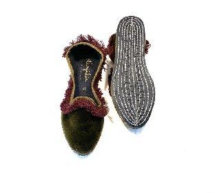 https://www.ragusanews.com//immagini_articoli/25-10-2020/1603790333-friulane-le-pantofole-dell-autunno-2020-7-280.jpg