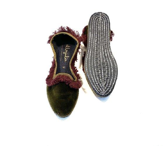 https://www.ragusanews.com//immagini_articoli/25-10-2020/1603790333-friulane-le-pantofole-dell-autunno-2020-7-500.jpg