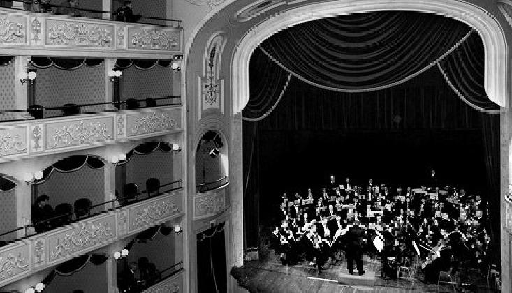 https://www.ragusanews.com//immagini_articoli/25-11-2016/civica-filarmonica-di-modica-concerto-di-santa-cecilia-420.jpg
