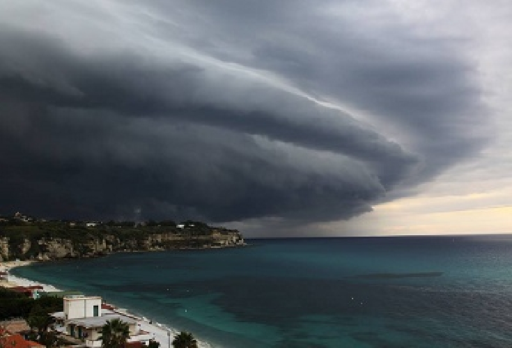 https://www.ragusanews.com//immagini_articoli/25-11-2017/fino-primo-dicembre-maltempo-sicilia-500.jpg
