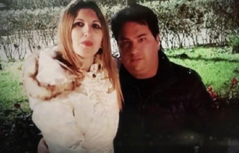 https://www.ragusanews.com//immagini_articoli/25-11-2018/giusy-pepi-marito-trovai-chat-compromettenti-500.jpg