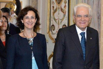 https://www.ragusanews.com//immagini_articoli/25-11-2020/cartabia-marta-che-ha-rotto-il-cristallo-prima-donna-al-quirinale-280.jpg