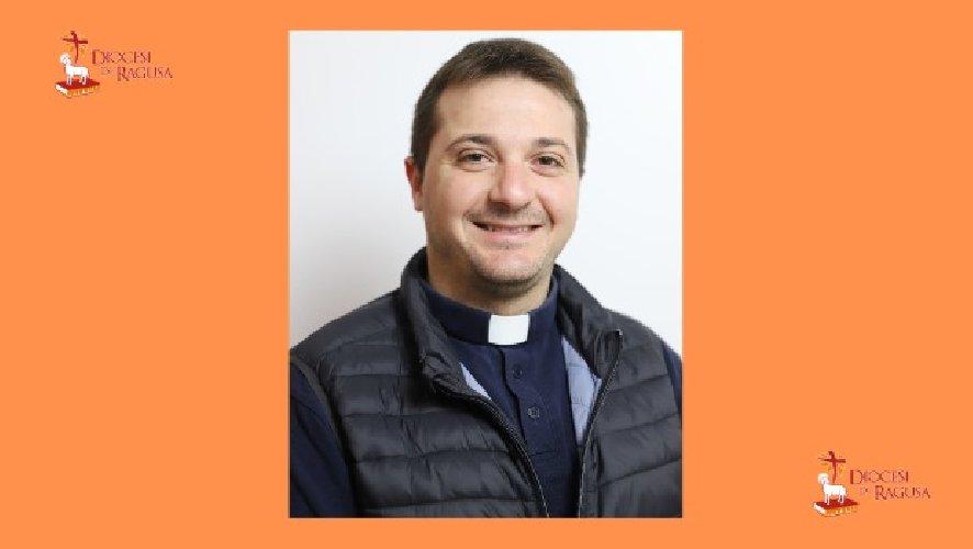 https://www.ragusanews.com//immagini_articoli/25-11-2020/nuovo-parroco-alla-nunziata-di-ragusa-500.jpg