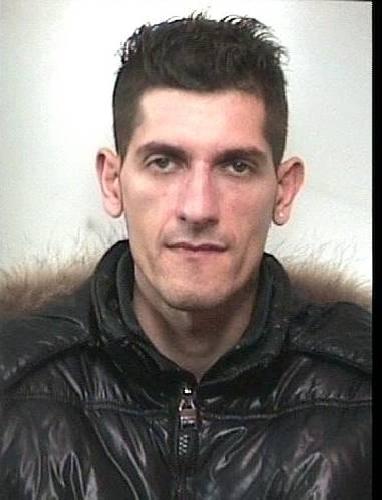 http://www.ragusanews.com//immagini_articoli/26-01-2014/dopo-una-settimana-torna-in-carcere-angelo-ventura-500.jpg