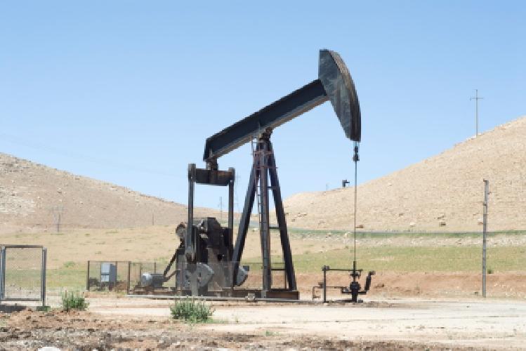 https://www.ragusanews.com//immagini_articoli/26-01-2014/no-alle-ricerche-petrolifere-grillini-al-pisciotto-500.jpg