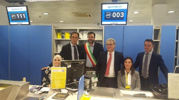 http://www.ragusanews.com//immagini_articoli/26-01-2017/vittoria-poste-italiane-inaugura-sportello-monoetnico-420.jpg