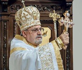 https://www.ragusanews.com//immagini_articoli/26-02-2020/papa-francesco-nomina-un-pozzallese-aricivescovo-240.jpg